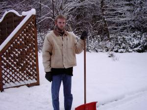Der Mann mit der Schneeschaufel